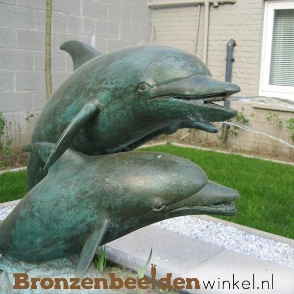 Bronzen dolfijnen