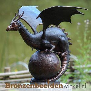 drakenbeelden van brons