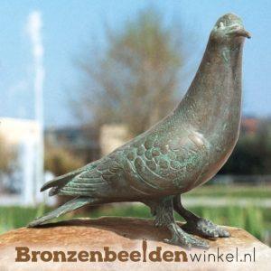 bronzen duiven, duif beeld