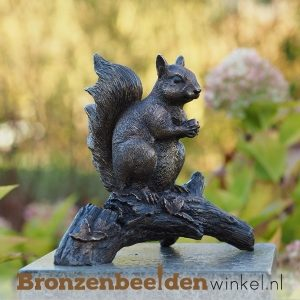 Bronzen eekhoorn beelden van brons