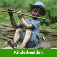Kinderbeelden voor in de tuin