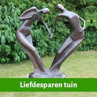 liefdesparen als huwelijkscadeau voor in de tuin